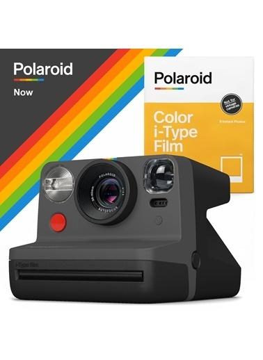 Polaroid Now Siyah Instant Fotoğraf Makinesi ve 8li Film Hediye Seti Siyah